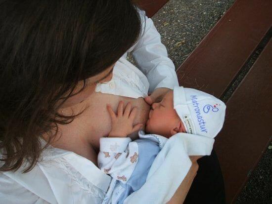 manoplas en recién nacidos ¿necesarias?